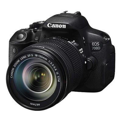 佳能(Canon)EOS 700D(EF-S 18-135mm f/3.5-5.6 IS STM)